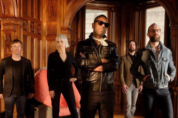 L'ensemble rock The Dears s'offre le Palais Montcalm pour célébrer son 25e anniversaire